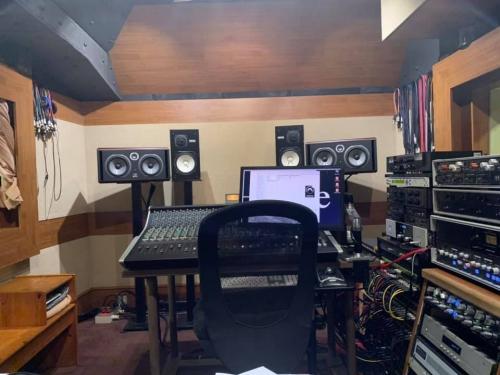 Studio_tlive1